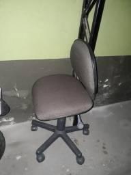 Vendo cadeira escritorio tipo secretaria