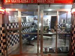 Vitrine de loja & porta de loja