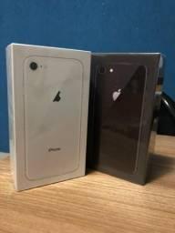 IPhone 8 Prata 64GB