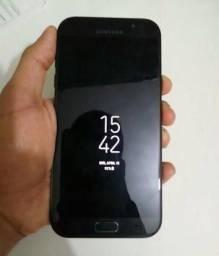 Samsung A7 2017 64gb.