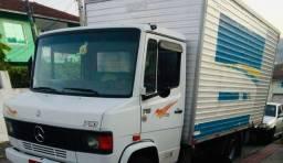 Vende se ou troco em caminhão truck