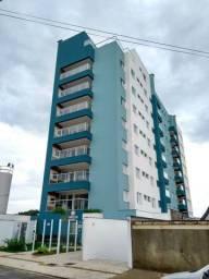 Vendo apartamento no Maria José ( perto do colégio Anglo)