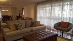Vendo lindo apartamento de 5 dormitórios, na melhor rua do Campo Belo