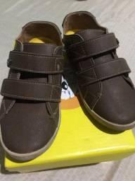 Vendo sapato seminovo numeração 27