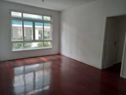 Apartamento c/2 quartos no Centro