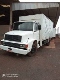 Caminhão Mercedes Bens 1214 toco Ano 95/95 no chassi