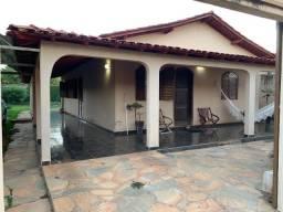 Casa com edícula em Luziânia - 180 m2