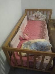 Título do anúncio: Berço tipo caminha pra criança bebê pra vende rápido com o colchazinho 130 pra vende