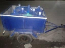 reboque para motos com capacidade de 8 aguas  20 litros por 1,500 reais
