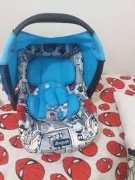 Título do anúncio: Vendo bebê conforto e carrinho de bebê da marca galzerano e burigotto.