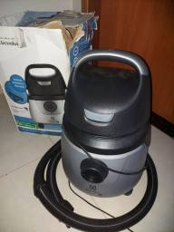 Aspirador de pó e água. Eletrolux 220v. Zerado.