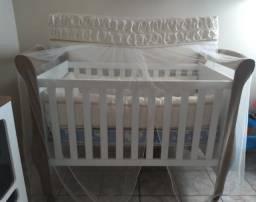 Berço e Carrinho de Bebê