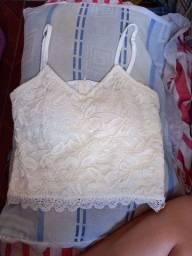 Cropped branco rendado