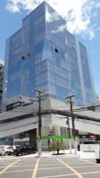 Sala comercial com vista reformada e decorada na Ponta Verde por 400mil!!