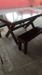 Mesa para churrasco rústica