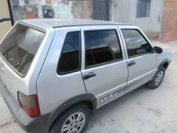 Carro bem conservado licenciamento em dias - 2009