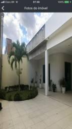 Alugo casa de alto padrão no bairro indianopolis