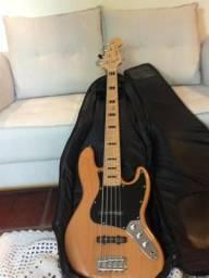 Squier Vintage Jazz Bass 5 cordas + Rockbag + Strep Lock