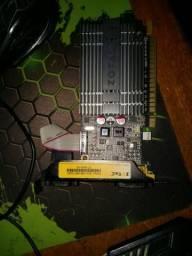 Placa de vidio DDR 3 1gb