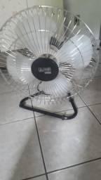 Vendo um ventilador, funciona perfeitamente