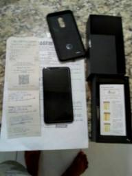 Vendo um celular k11 com 3 mes de uso aceito cartao