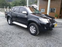 Toyota hilux srv - 2014