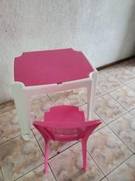Mesa + cadeira Infantil Tramontina Rosa e Branco