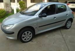 Peugeot 206, 1.4, Ano 2004, completão. IPVA 2020 pago.