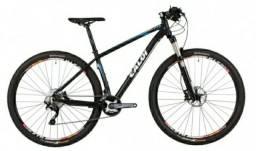 Mountain Bike Caloi Vitus 29er - pouco usada - SLX - Rock Shox