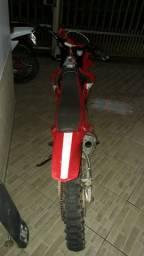 MXF com motor de XRE 300
