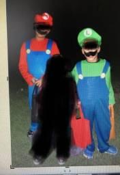 Fantasias Mario (10) e Luigi ( 8) em santa cruz do sul
