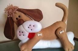 Cachorro em feltro para decoração