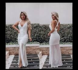 Vestido branco e GANHE UM BRINDE um lindo acessório de cabelo