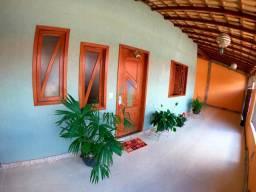 Casa linear 4 quartos sem 1 suíte em Mata da Serra