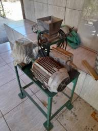Título do anúncio: Vendo 02 máquinas para fabricação de cajuinas