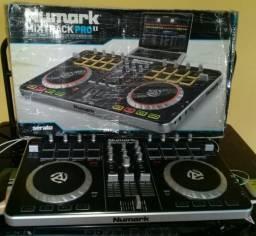 Numark Mixtrack pro 2 Controladora
