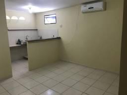 Sala na Av. Jaguarari com 45mts , sub dividida em 02salas+banheiro+copa+