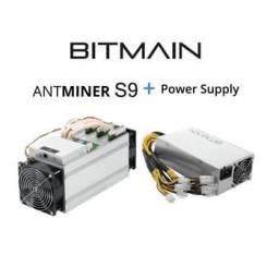 Mineradora de Bitcoins Usada - AntMiner S9 13.5 TH - Com Fonte
