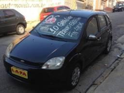 Ford/ Fiesta 1.0 8v (zetec rocam) gasolina 4pts, preto - 2006