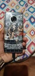 Smartphone Motorola Moto G7,Cor Branca, 1 mês de uso, e carregador normal e o portátil