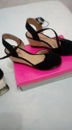 Sapatos n/ 38