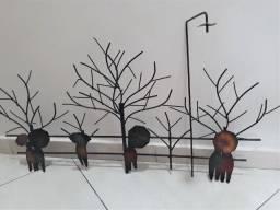 2 esculturas de parede de ferro