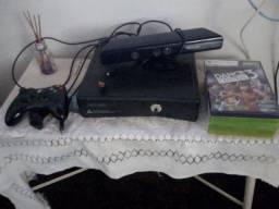 Xbox 360 completo travado novíssimo pouco tempo de uso