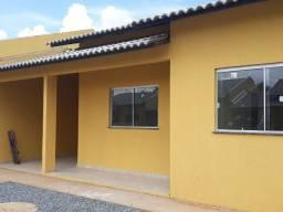 Casa verde e amarelo com segurança 24 horas no Zuleica