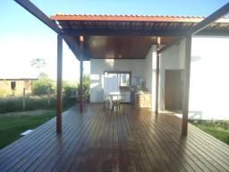 Casa duplex de alto padrão na Praia Bela, 4 quartos, 1 suíte, piscina