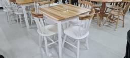 Mesa Milena 80x80 com 4 cadeiras madeira maciça!!!