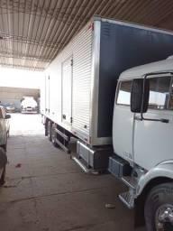 Título do anúncio: vendo caminhao truck mb 1525  com bau