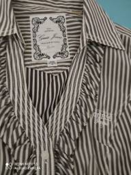 Título do anúncio: Camisa GUESS de Los Angeles Tamanho M