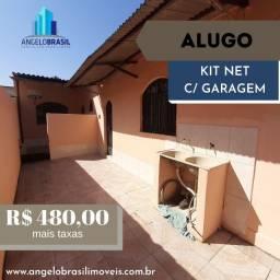 Alugo Quitinete em Ricardo de Albuquerque, C/ Garagem