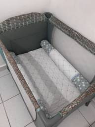 Berço cercado com colchão/trocador e kit